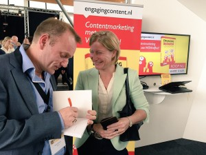 patrick petersen signeert engaging content boek