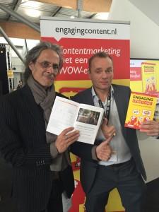 Op de foto met het boek engaging content