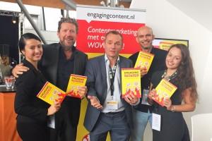 Groepsfoto hek jan smits patrick petersen met het boek engaging content